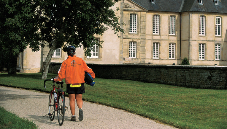 Bbni9-brittany-normandy-biking-7